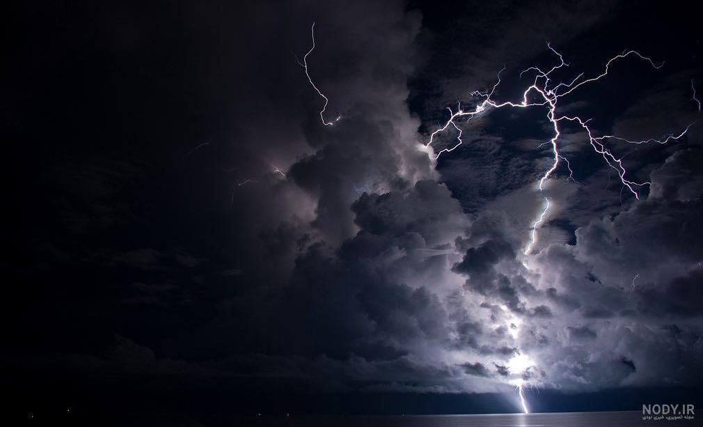 عکس آسمان طوفان