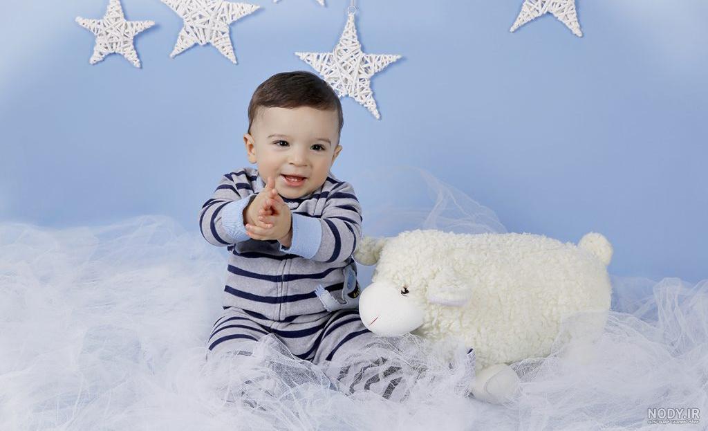 عکس کودک پسر در آتلیه