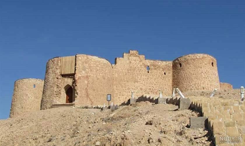 عکس قلعه جلال الدین گرمه