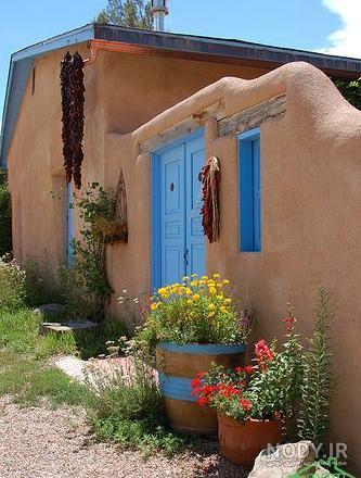 عکس خانه گلی کوچک