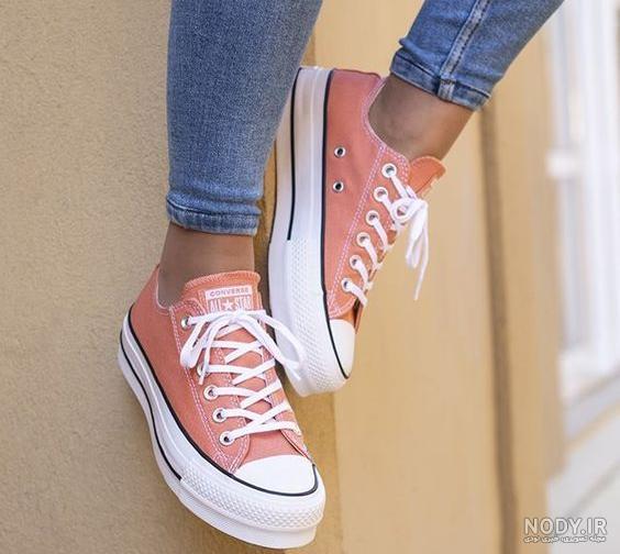 عکس دختر و کفش